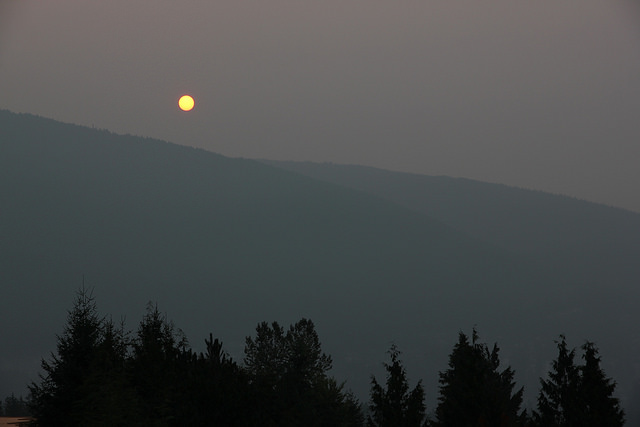 Smoky sunrise in Vancouver